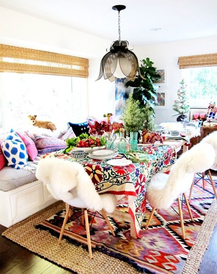 Love all the layers of color in this eclectic dining room