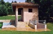 Prima INTEGRALE - L'accès au coffre sous le pool-house avec le local technique.
