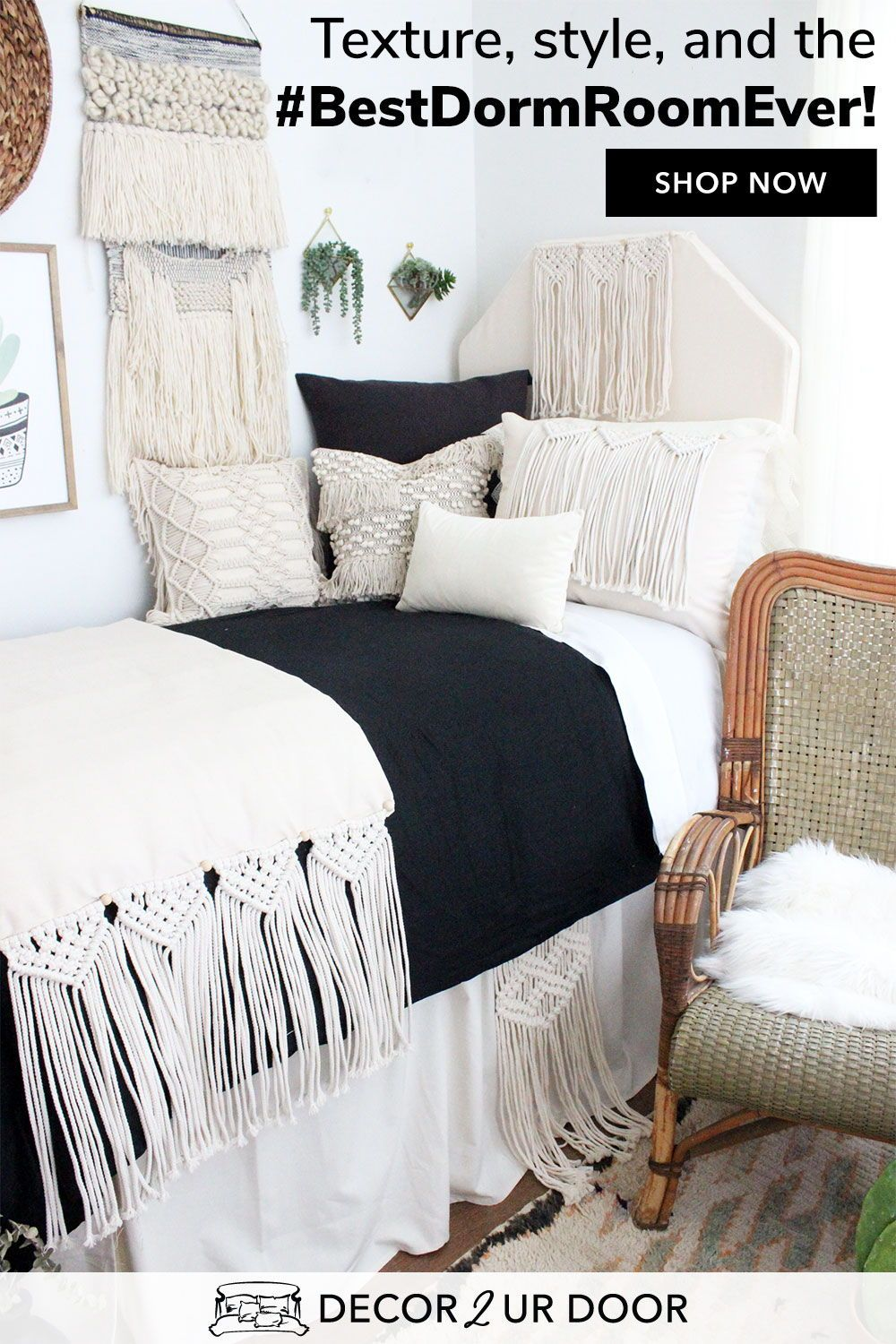The Perfect Twist On The Boho Dorm Bedding Trend We Swoon Over These Macrame Dorm Bedding Sets Our Exc With Images Dorm Bedding Sets Dorm Bedding College