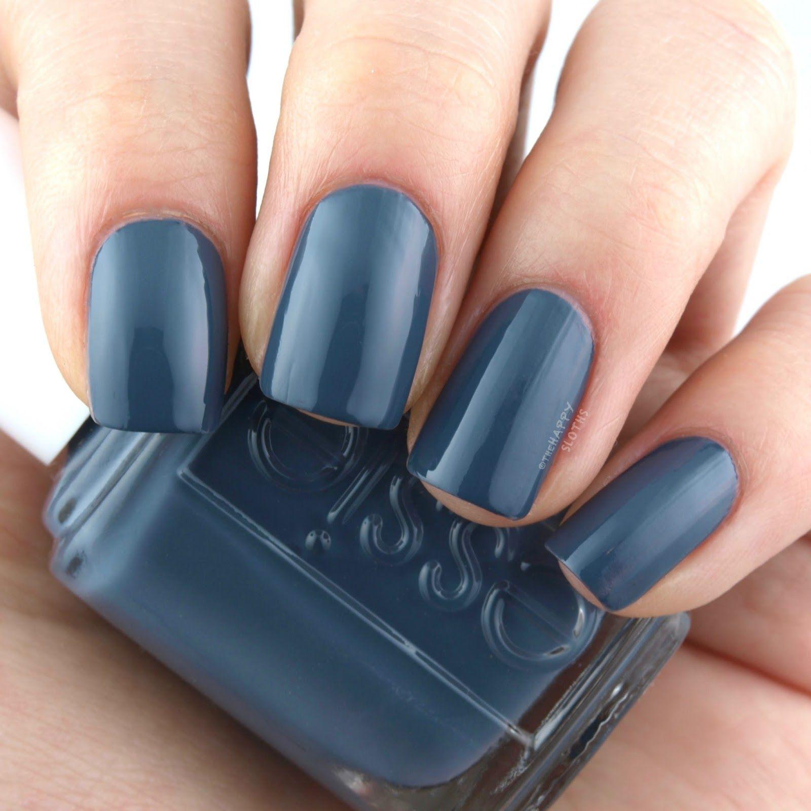 Essie   Nails und Nagelschere