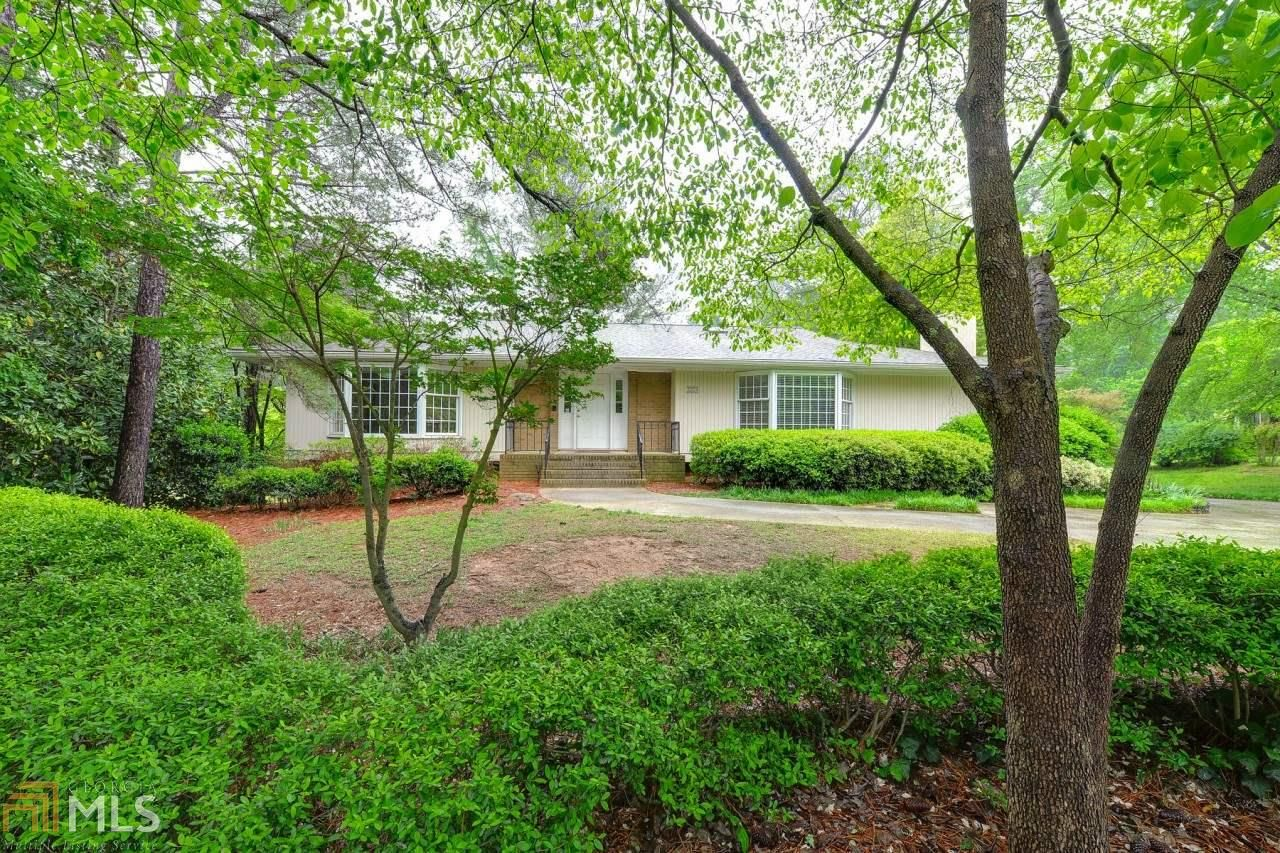 ►►►►For Sale – Old Mill Trace◄◄◄◄◄ This beautiful Marietta home has 4 bedrooms and 3 bathrooms with formal living and dining room and vaulted sun room.  #house #home #forsale #realestate