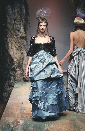 Christian Lacroix: Haute Couture Printemps 1998