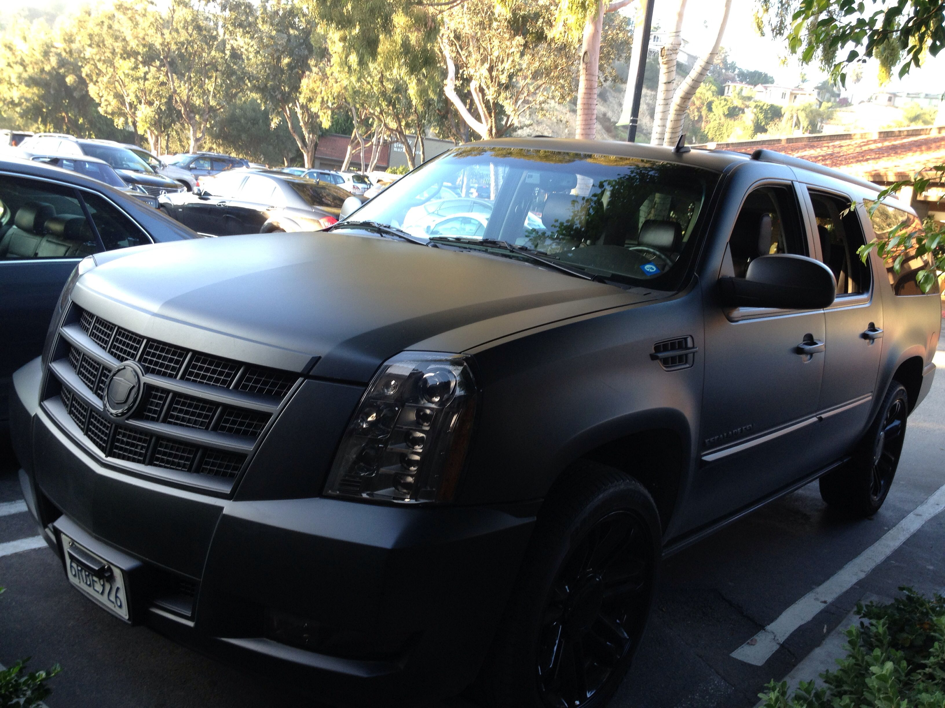 hight resolution of black out cadillac escalade