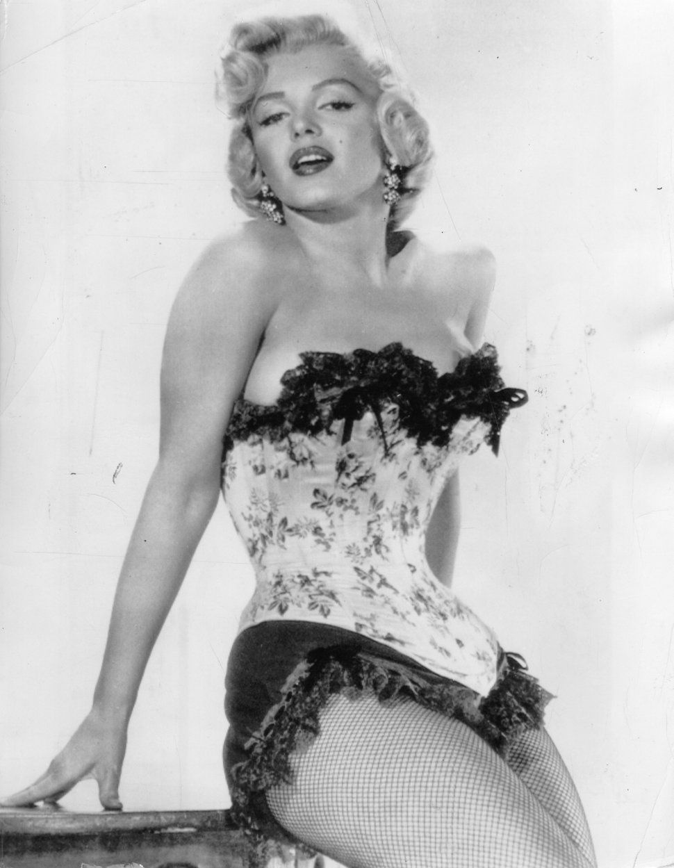 c22855987c1 A Visual History Of Marilyn Monroe As A Pin-Up Icon | Marilyn ...