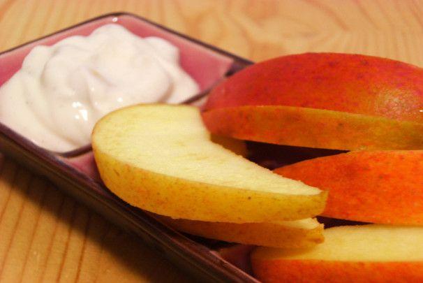 Fall Apple Dip (2). Photo by Lalaloula