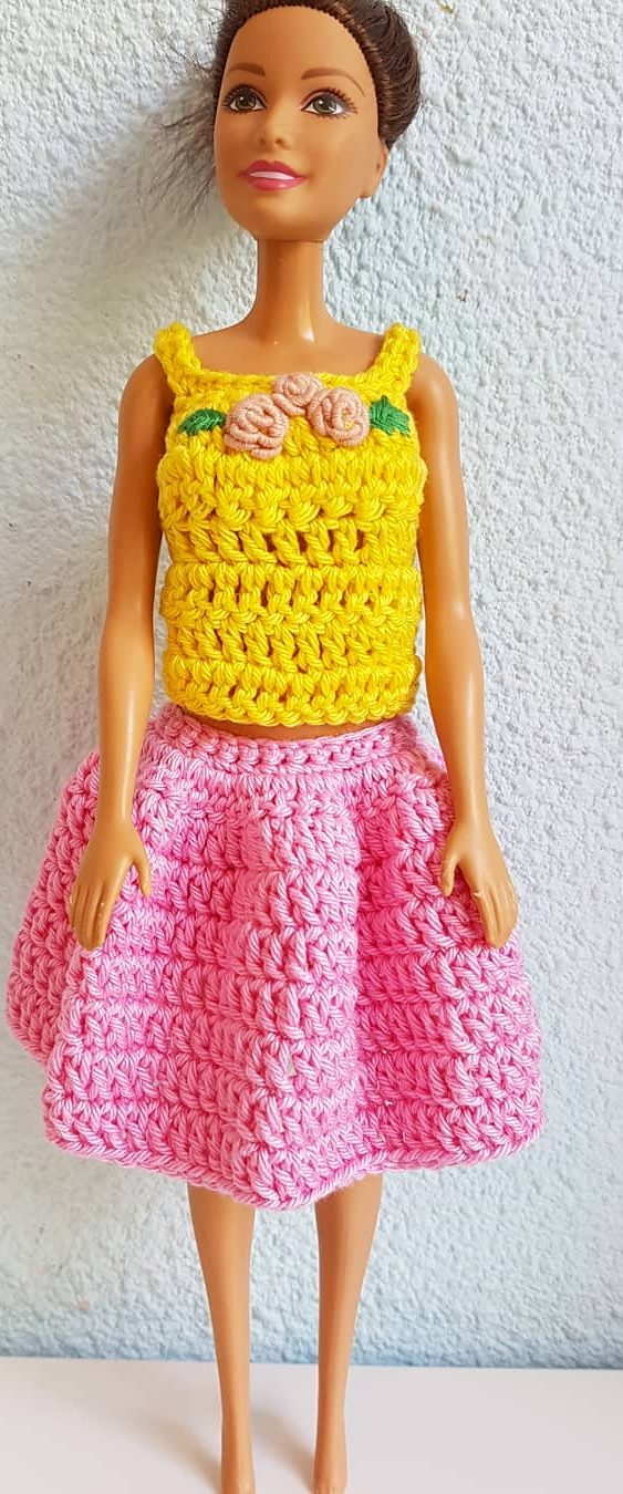 27 Free Crochet Barbie Clothing Model Ideas With You Colorize Your Toys! - Page 23 of 27 #crochetedbarbiedollclothes