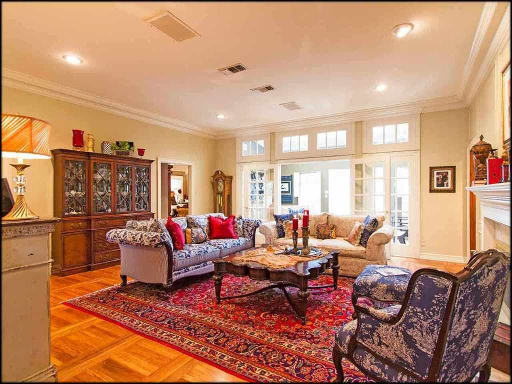 Home interior design royal  royal oak dr tyler tx   royal oak single family and bath