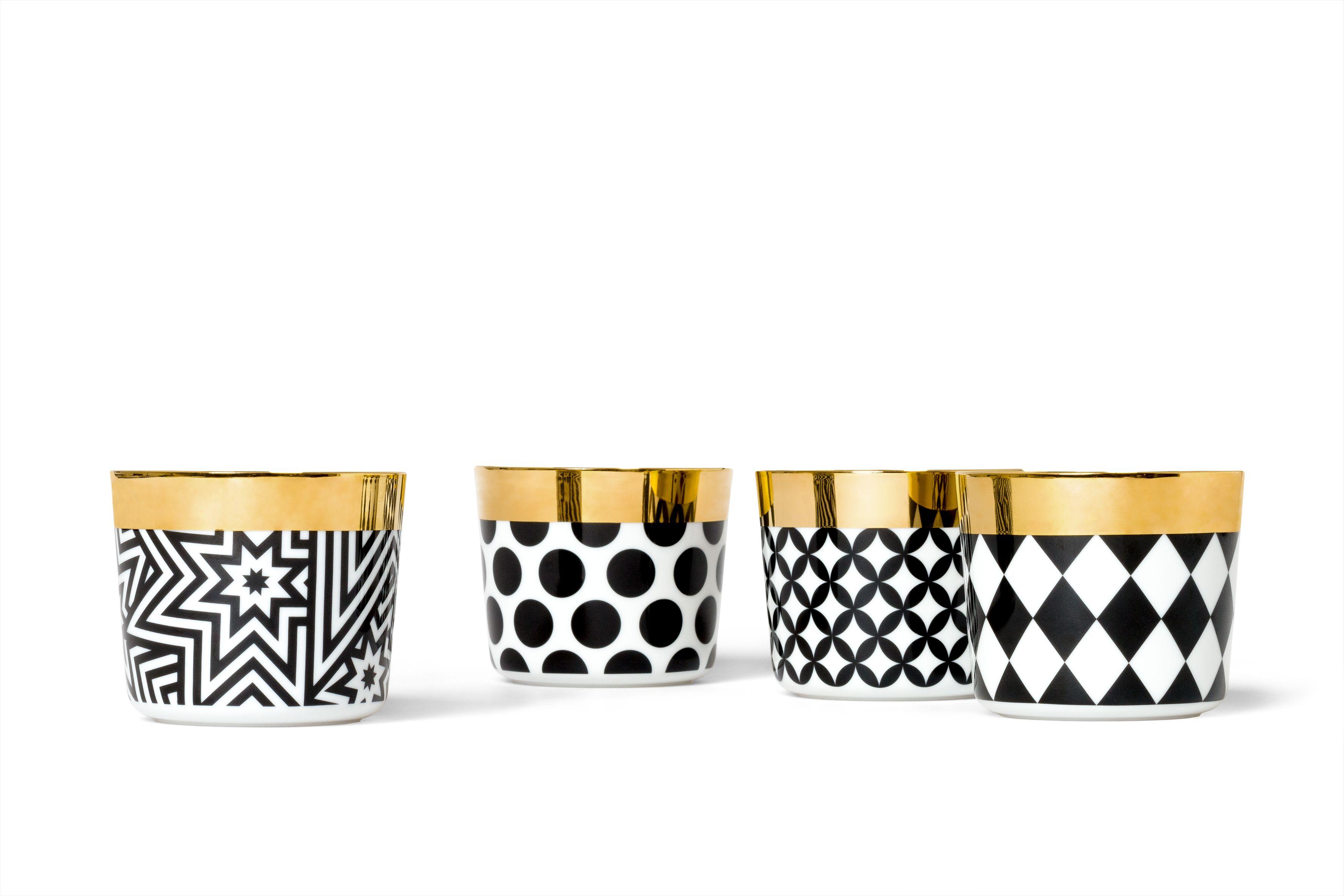 Black & White champagne goblets #sipofgold by #siegerbyfürstenberg – #goblets #tumblers #tabelware #decoration #siegergermany