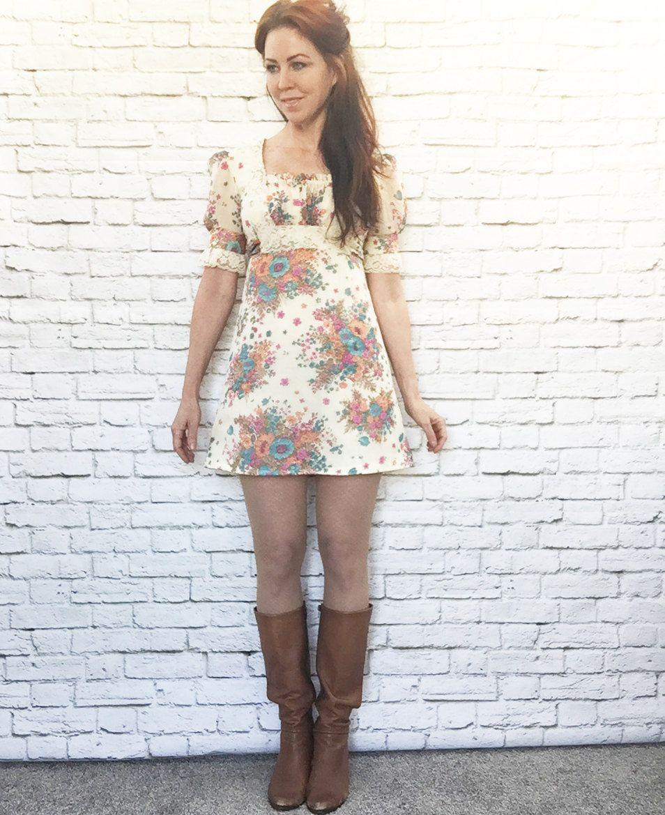 White apron lace trim - Vintage 60s Boho Mod Floral Puff Sleeve Micro Mini Dress Xs Lace Trim Apron Belt Buttercream