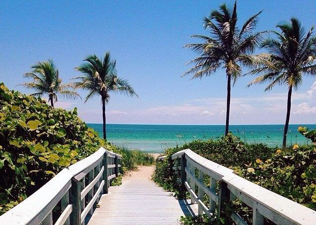 Sanibel Island Hotels: Beachfront Cottages Sanibel Island