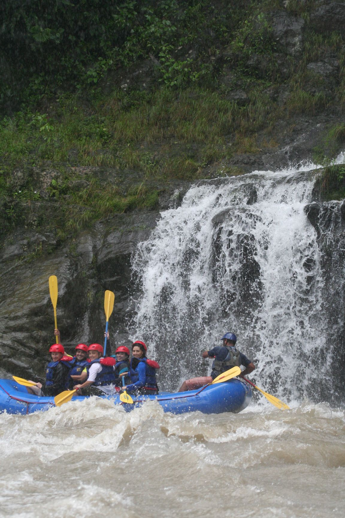 Rafting en el río Pacuare 2014
