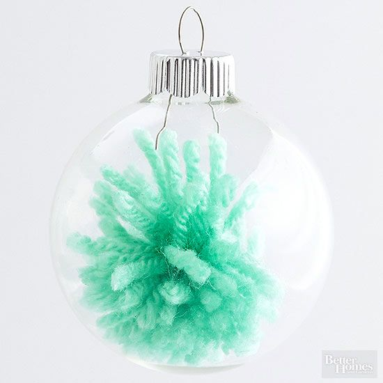 26 Insanely Easy Ways to Dress Up Plain Ornaments is part of Ornaments, Christmas ornaments, Yarns ornaments, Christmas ornaments to make, Diy christmas tree ornaments, Clear glass ornaments - Personalize your Christmas tree!