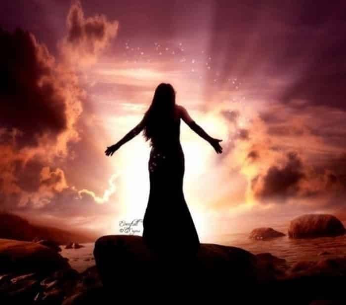 Signs and Traits of Lightworkers: Earthbound Energy Healers