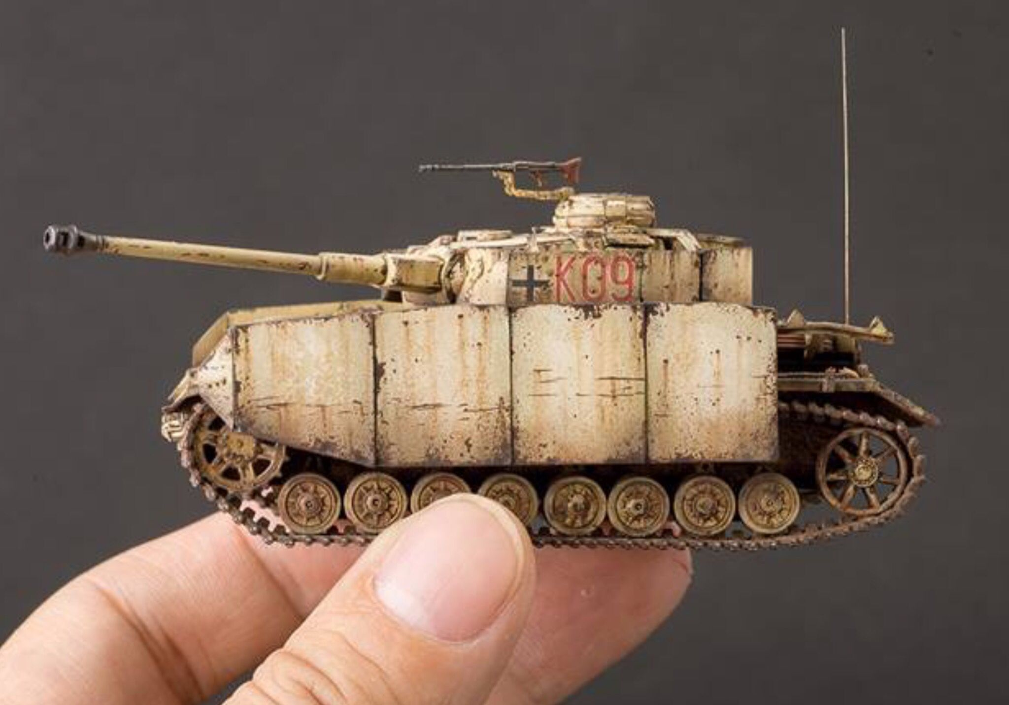 Pz Iv 1 72 Scale Models Model Tanks Military Diorama