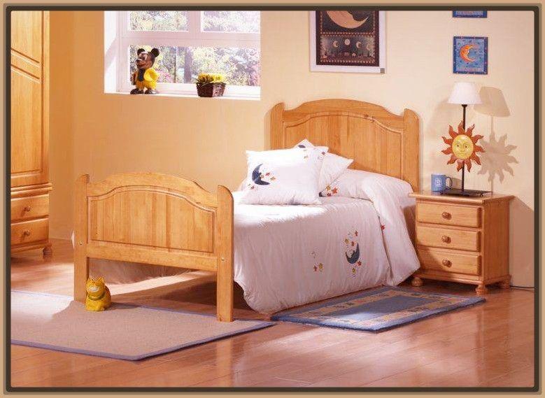 camas clasicas en madera para ninos dise o interiores en