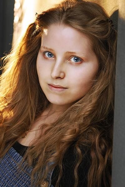 Jessie Cave Picture, Lavender Brown from Harry Potter ...