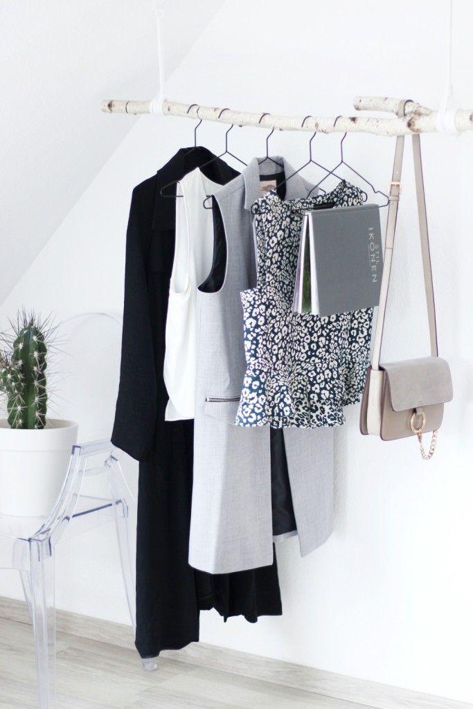 DIY Garderobe aus Birkenstamm Interiors, Interior architecture - diy garderobe