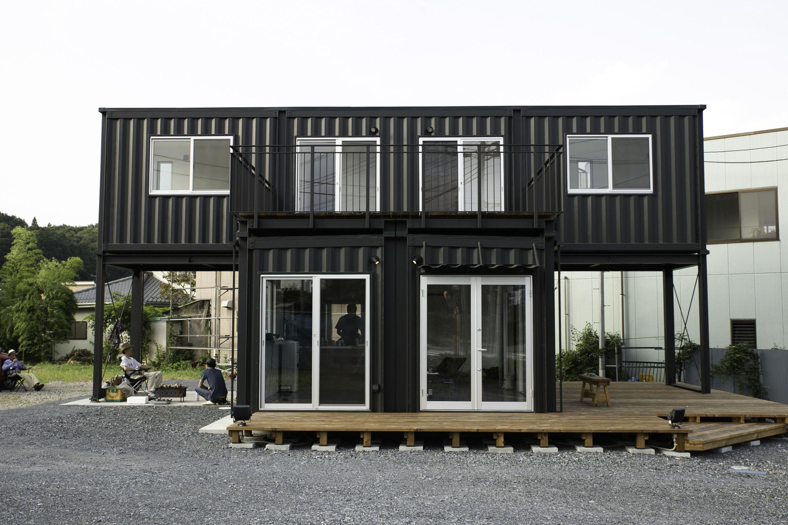 container wohnung es sieht aus wie ein container in. Black Bedroom Furniture Sets. Home Design Ideas