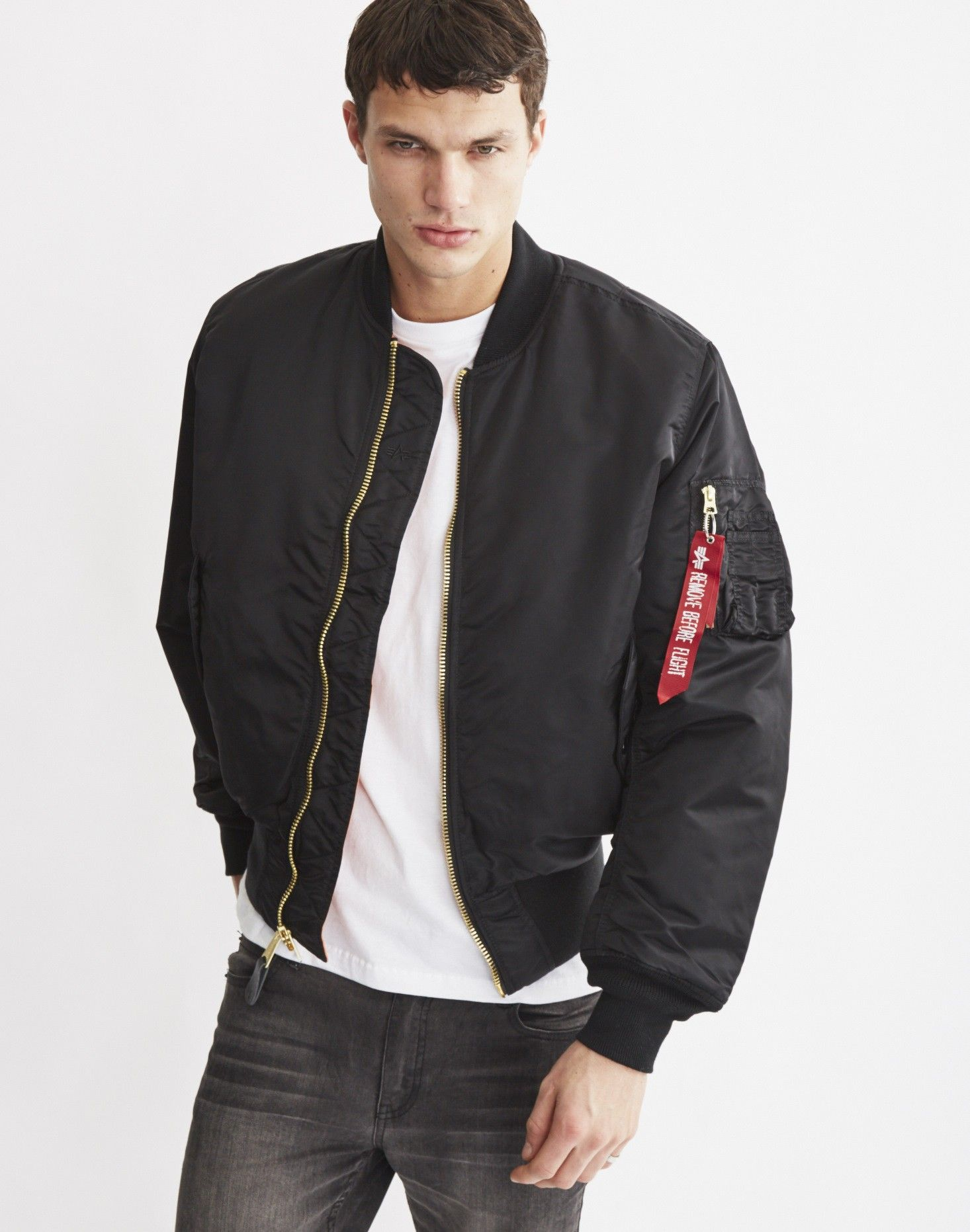 7223647ee10e Alpha Industries - Classic MA1 Vintage Fit Black