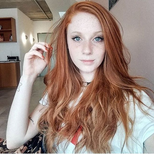 Sexy hot pretty teen redhead can suggest