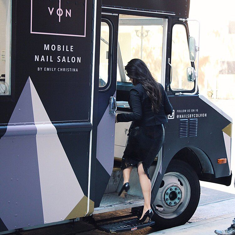 Introducing Colvon The Luxe Nail Salon on Wheels! in 2020