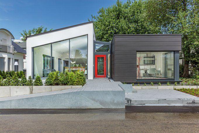 Musterhaus modern pultdach  Neues Lux-Musterhaus