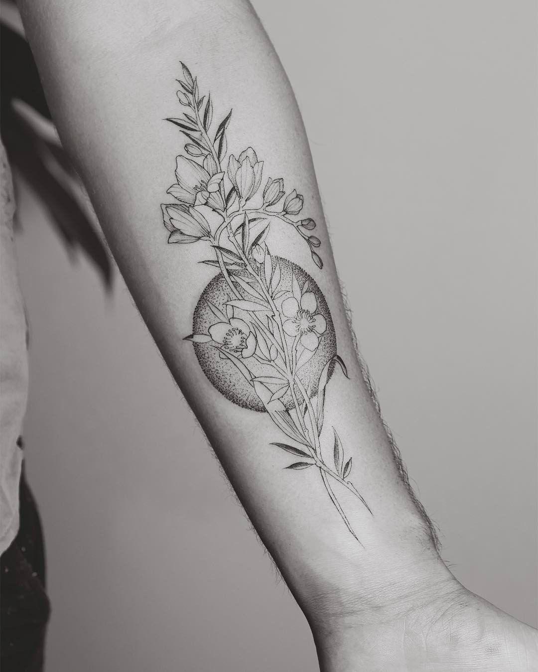 2 316 Likes 3 Comments Tritoan Ly Tritoan Seventhday On Instagram Freesia And Manuka Forearm Tattoos Flower Tattoo Sleeve Men Tattoos