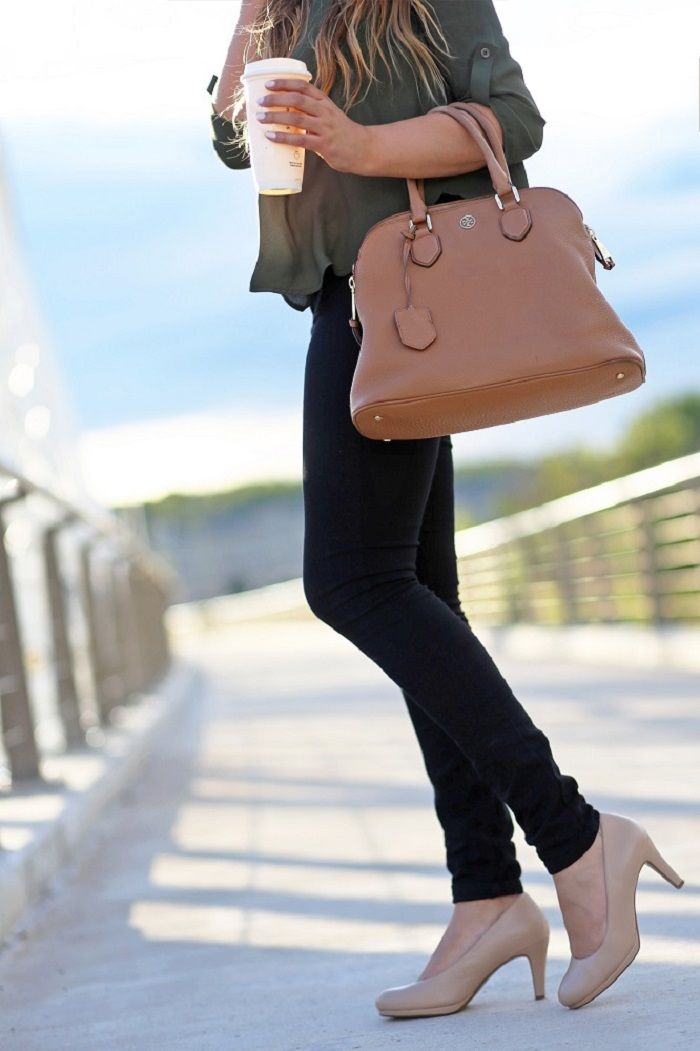 61bdf49c8 Michelle of Mash-Elle rocks a super-cute fall work outfit with the Michelle  pump by Naturalizer in Nude leather.