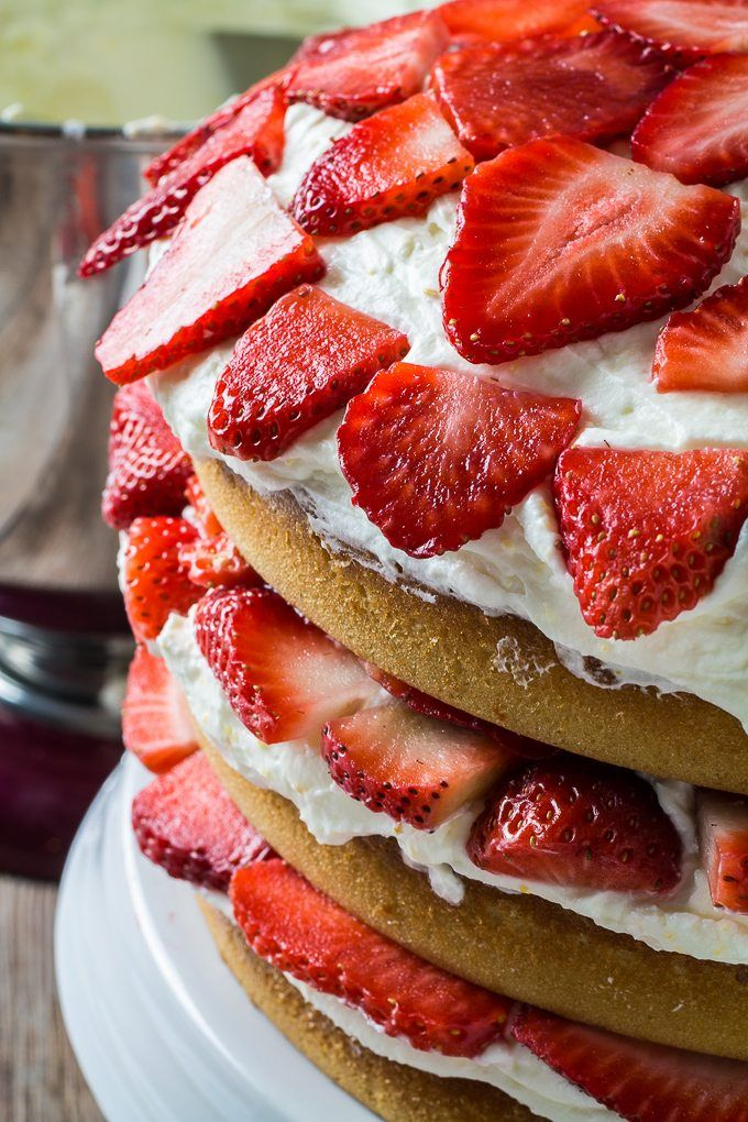 Gluten Free Strawberry Cake and Whipped Cream Cheese
