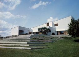 Maison Louis Carré - Véritable chef d'œuvre de l'architecture moderne conçu par l'architecte finlandais Alvar Aalto © Collection Maison Louis Carré