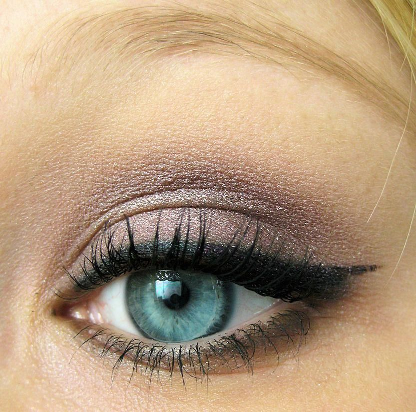 Love these great mac makeup looks Pic 2422