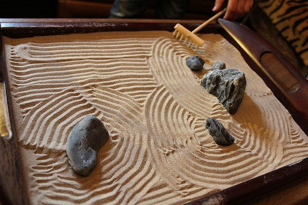 Diy Tabletop Zen Garden Ideas How To Create A Harmonious Mini Oasis Zen Garden Zen Garden Design Zen Garden Diy