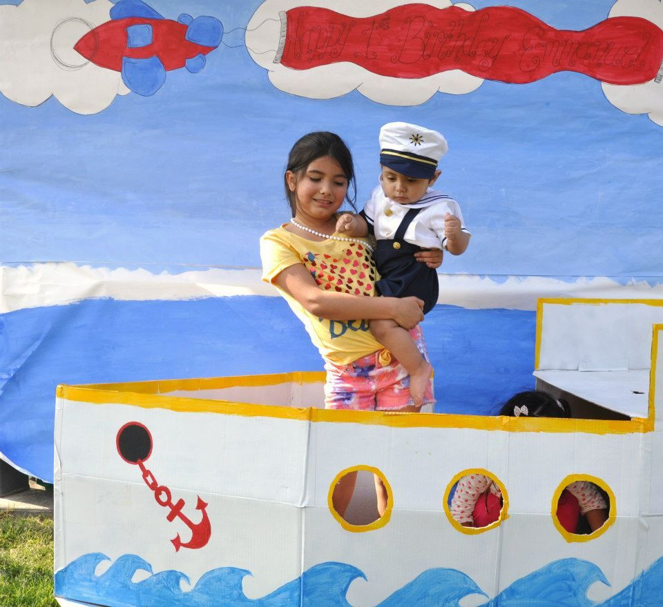Birthday Party Yacht: DIY Boat With Backdrop For First Birthday Party. Sailor