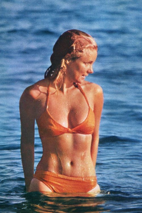yvette mimieux mother