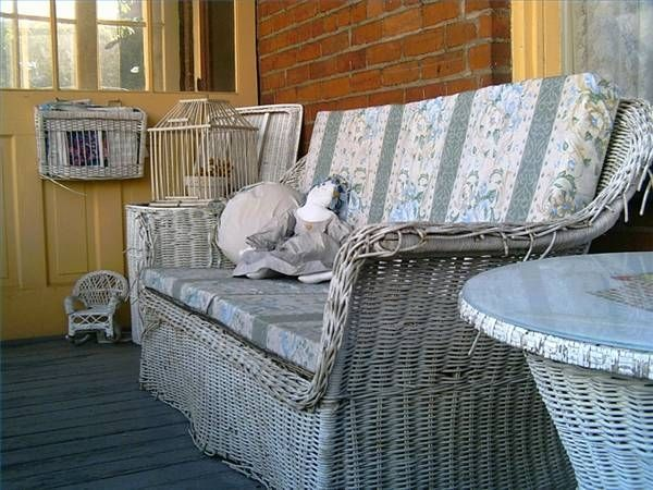 Painting Wicker Furniture Ideas
