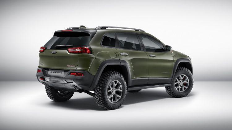 Mopar Showcases Modified Jeeps In Dubai Jeep Cherokee Jeep