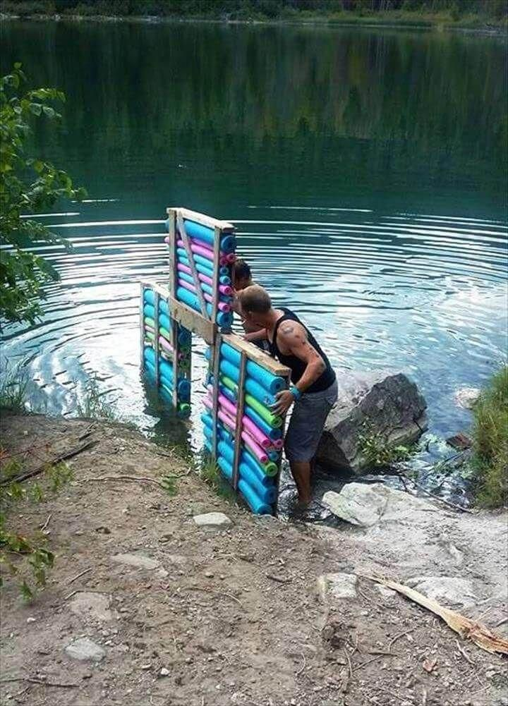 Diy Pallet And Swim Noodles Floating Dock Easy Pallet
