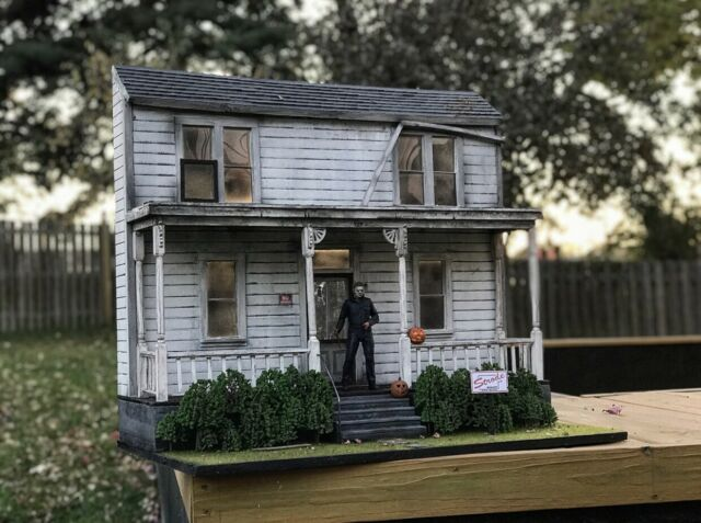 Halloween 2020 The Myers House Michael Myers House Diorama in 2020 | Michael myers house, Diorama