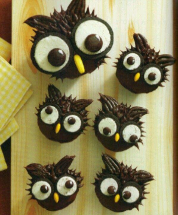 Hello Cupcake (owl cupcakes)