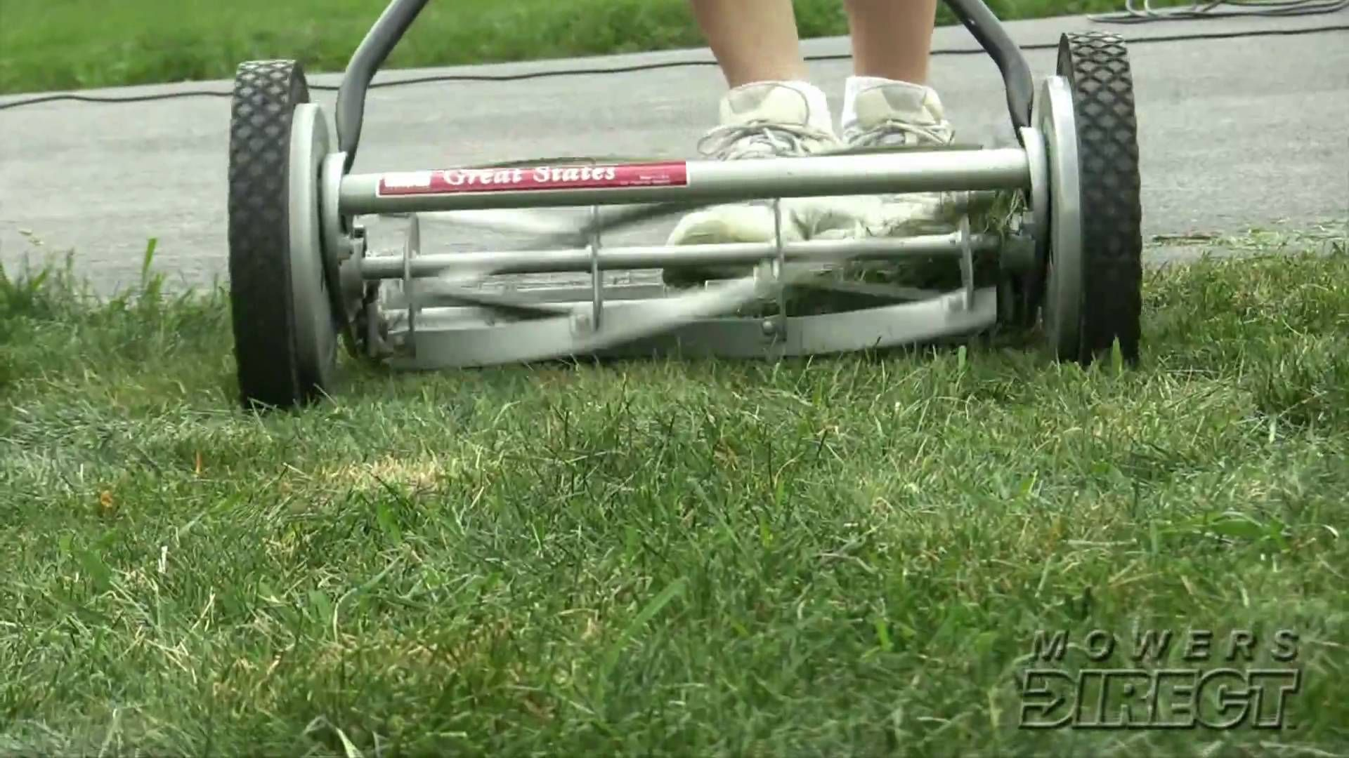 How To Pick The Perfect Reel Lawn Mower garden Pinterest