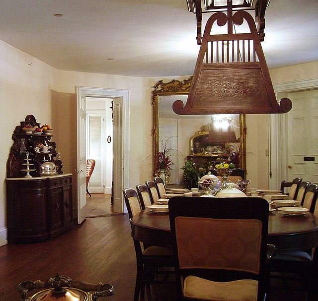 Outfit A Southern Plantation Style Home: Longwood Antebellum Home, Natchez, Mississippi By