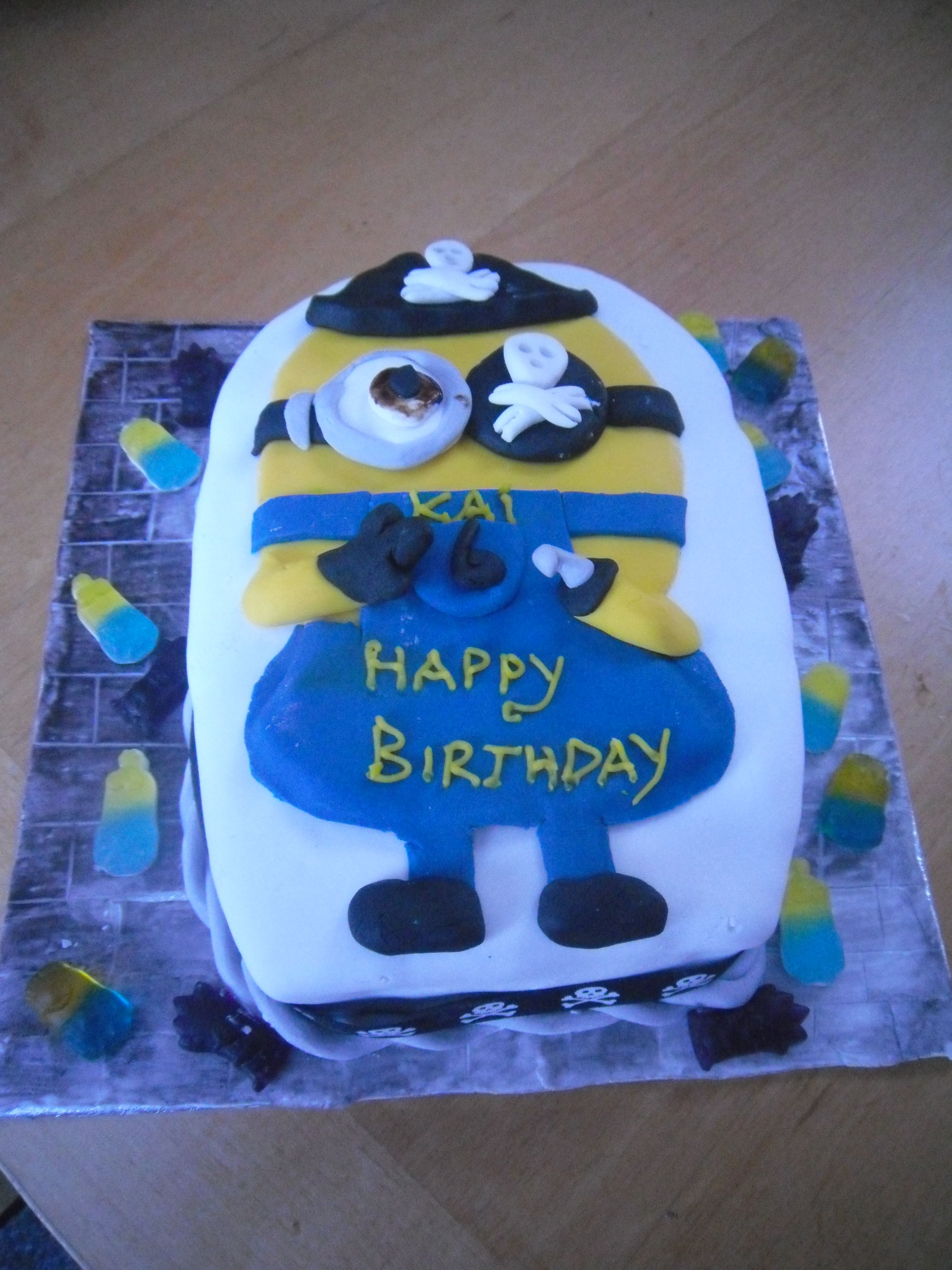 Pirate Minion cake Edinburgh Pinterest Minion cakes and Cake