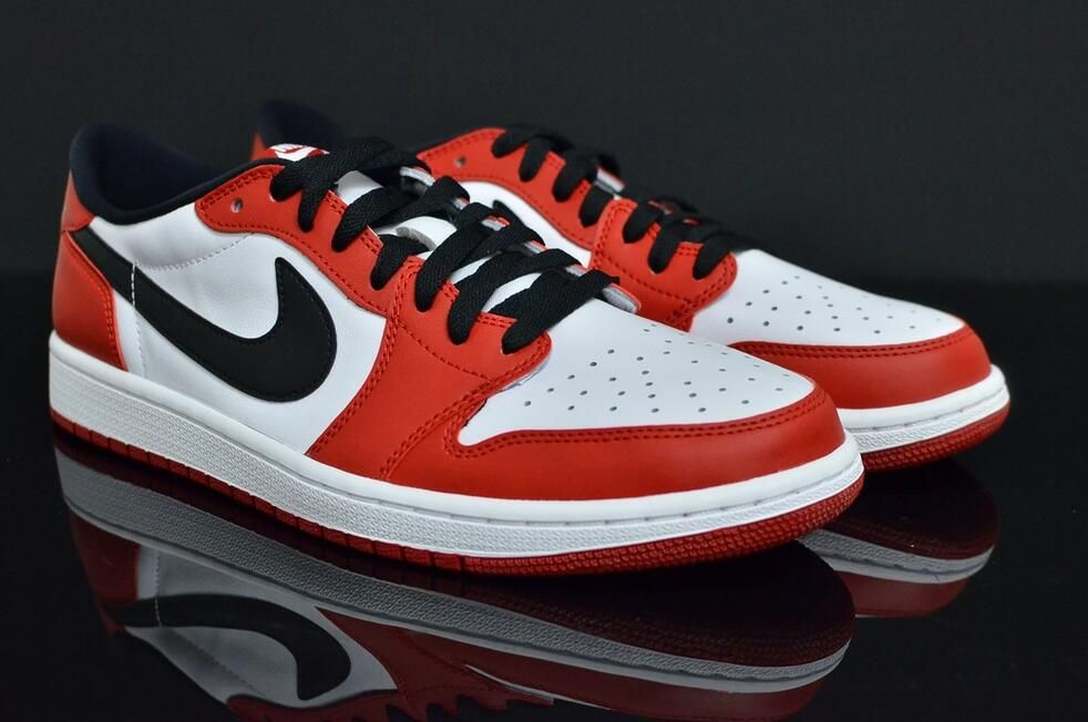 Air Jordan 1 Low OG Chicago Color:Varsity Red/Black-White Style Code:705329-600 Release Date:February 14, 2016 Price:$130