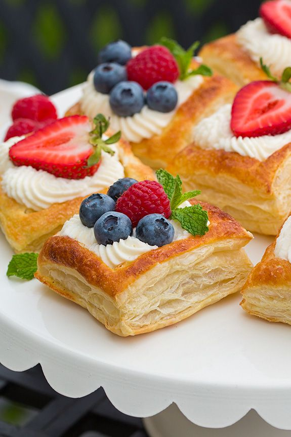 cream puffs with fruit | Puff Pastry Fruit Tarts with ...