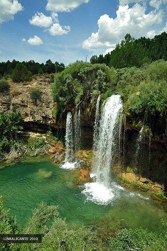 En Mi Reciente Viaje A Teruel Uno De Los Lugares Que Más Me Gustó Sin Duda Fue El Paraje Del Beautiful Waterfalls Waterfall Spain Travel