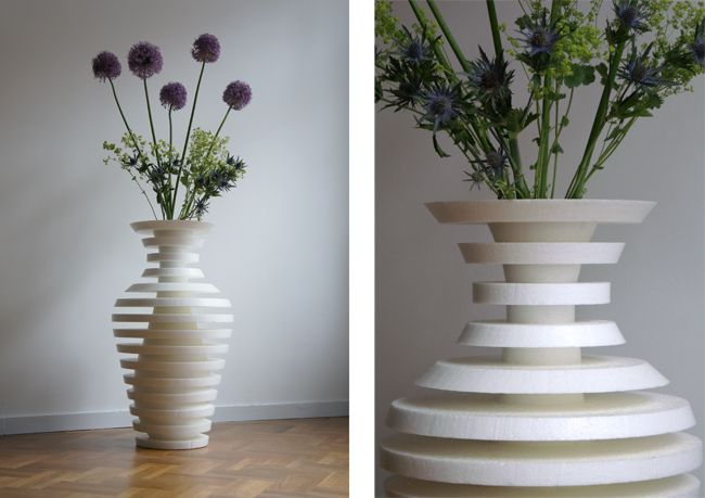 Vase With A Ribbed Surface Which Creates Two Different Shapes Designed By Oooms Puzzle Decor Flower Vase Design Vase Design