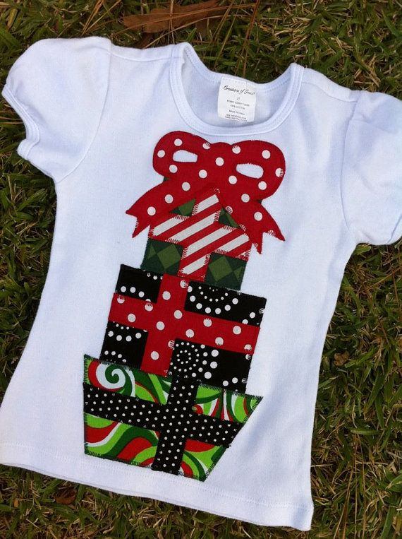 373999455d53 cute present shirt for Christmas. Girls or Boys Christmas Short Sleeve  Applique by AliWadeBoutique Christmas Tee ...