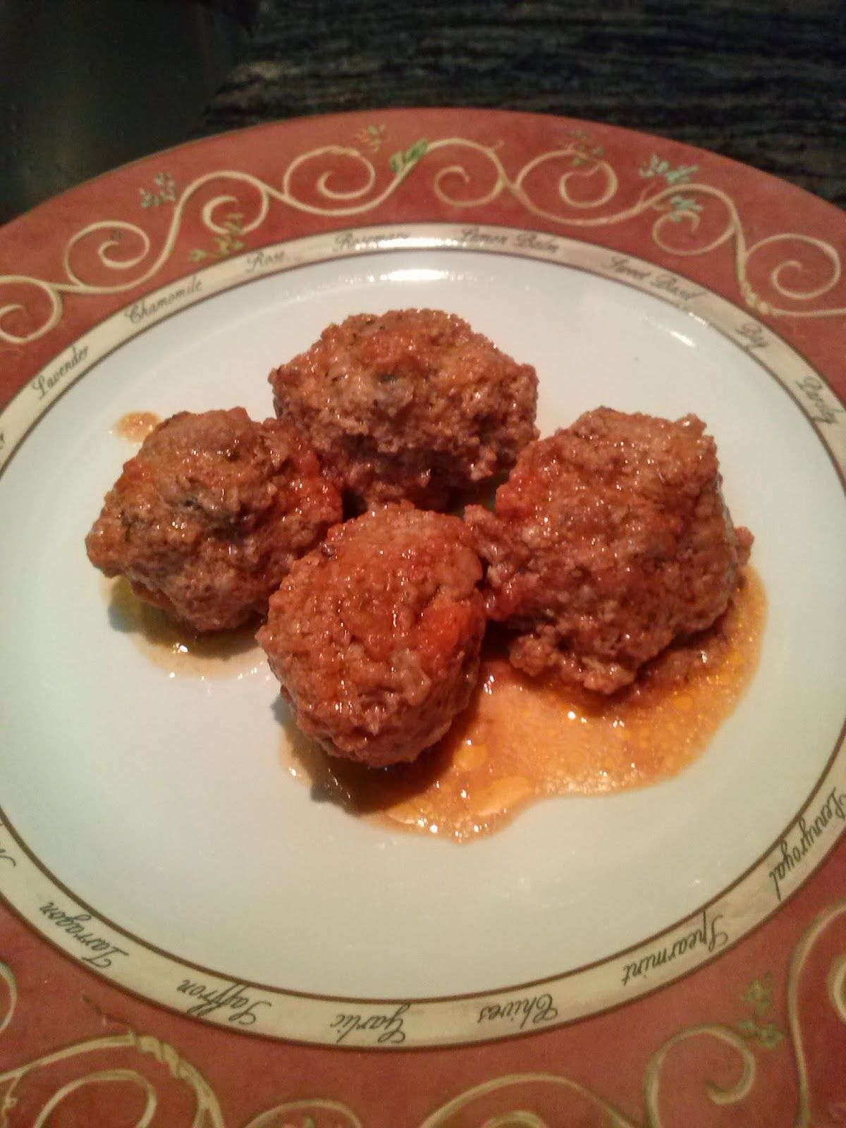 Ingredientes 1 Kg De Carne Picada Sal Ajo Pan Rallado 1 Huevo Y Perejil 1 Bote De Tomate Estilo Casero Yo Lo Recetas De Comida Albondigas Bolitas De Carne
