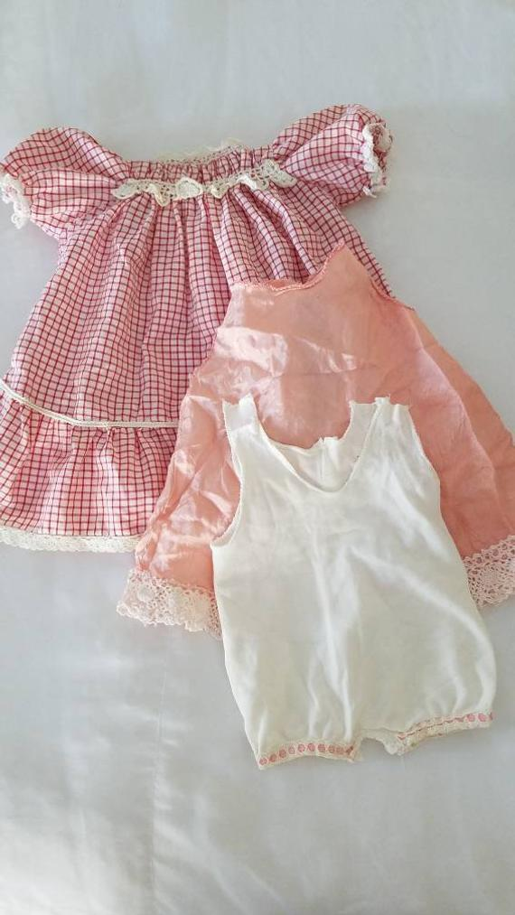 f2f9e1a08077 1950's Red Gingham Short Sleeve Toddler Dress With Cream Lace / Slips