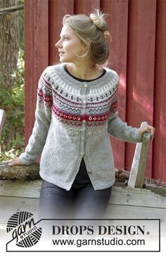 fb02110c4 Knitted jacket with round yoke